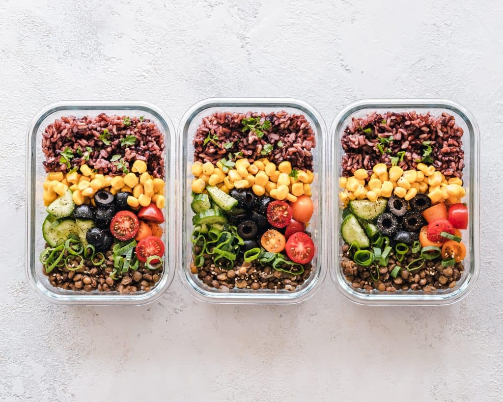 Want to save money on your grocery spend? Meal prep is a way to seriously cut costs and slash your expenses.